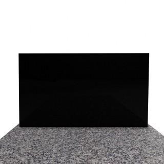 Tradycyjny nagrobek granitowy z czarną tablicą 90x190 cm.